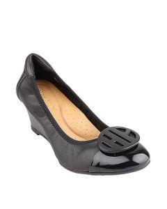 Agnes In Black